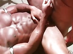 Race Cooper - gay sex first time